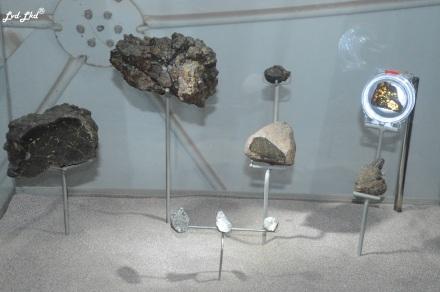 3 météorites (3)