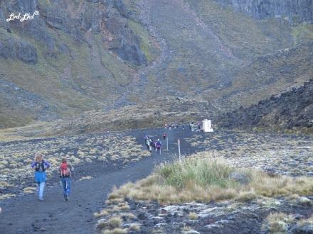 4 Tongariro Alpine Crossing 1 (9)