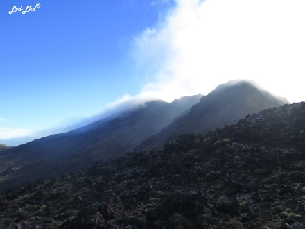 6 Brume Tongariro Alpine Crossing (1)