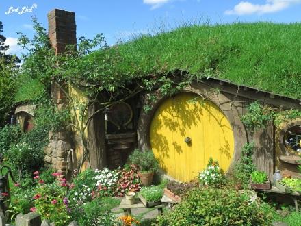 8 Sam hobbiton